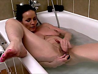 fingering, babe, mature, shower, milf, british
